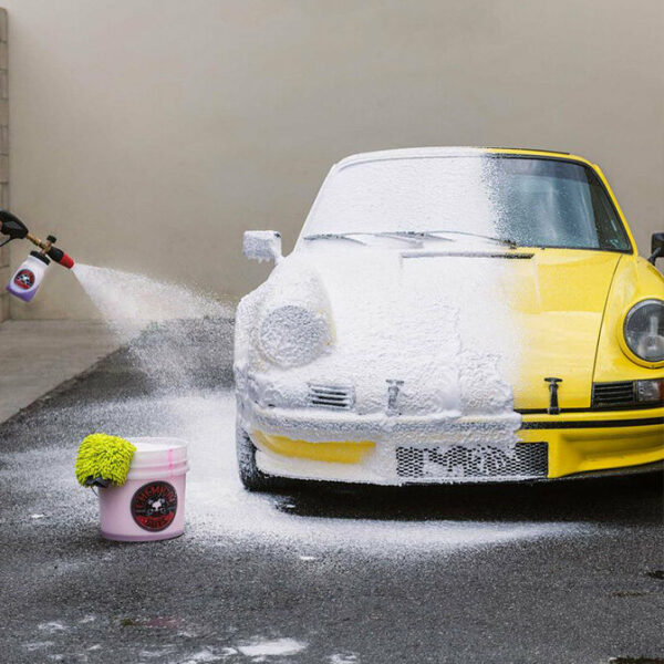Chemical Guys Hydro Suds Ceramic & Snow Foam 1