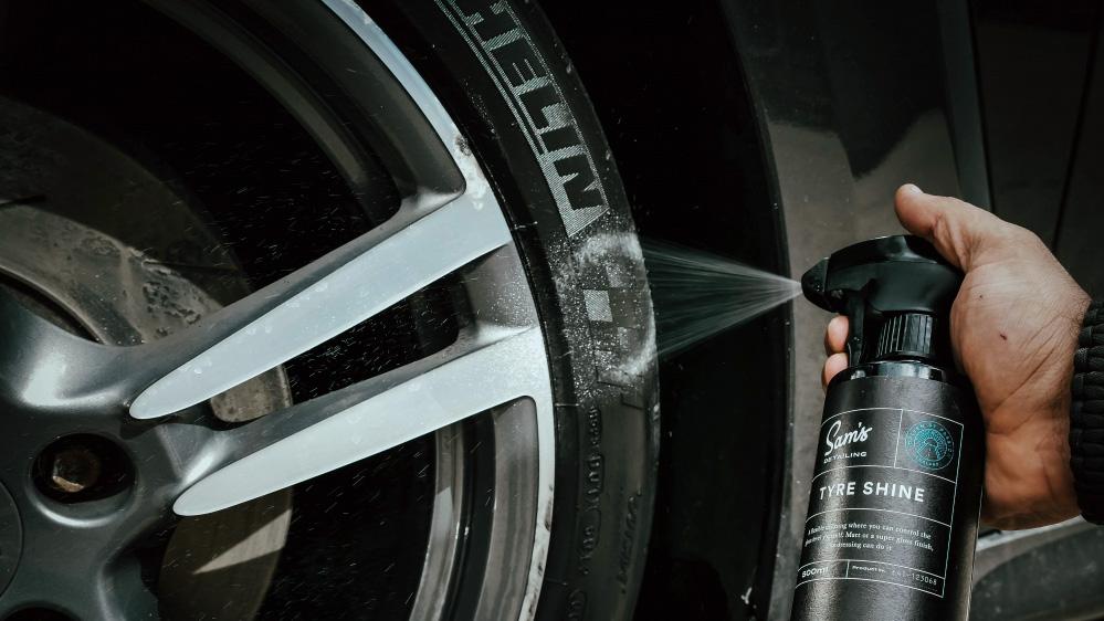 sams detailing tyre shine