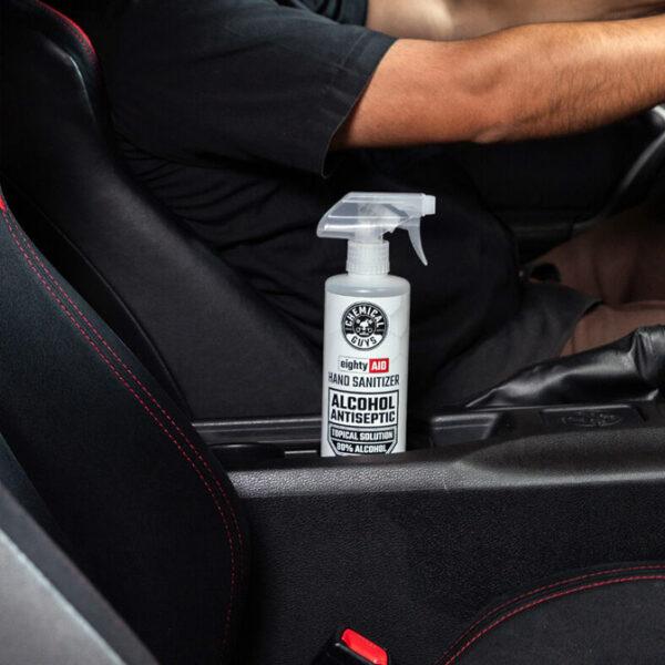 desinfectante de manos para el coche